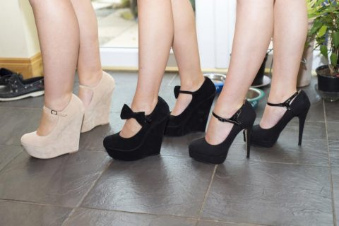 What to Choose: Wedges vs. Stilettos